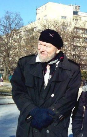 Lukács György szobrának eltávolítása ellen 2017. ferbruár 25-én tartott flashmobon dr. Donáth Ferenc, a NITBSZ elnöke is kiállt. Fotó: Láng Judit