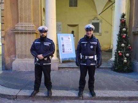 Rendőri biztosítással kezdődött meg a FIR, a nemzetközi antifasiszta szervezet kongresszusa a Sala del Tricolore-ben